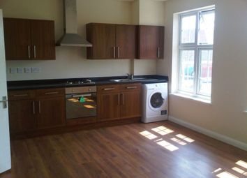 1 bed flat to rent in Onslow Parade, Hampden Square, London N14