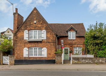 3 bed detached house for sale in High Street, Harefield, Uxbridge UB9