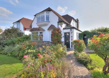 4 bed detached house for sale in Deveron Way, Romford RM1