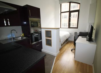 Thumbnail Property to rent in Queen Street, Leeds