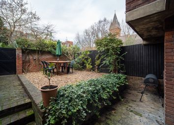 4 bed maisonette to rent in Goodyer House, Tachbrook Street, London SW1V