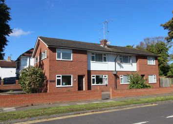 Thumbnail 2 bed flat to rent in Blenheim Crescent, Leigh-On-Sea