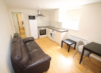 Thumbnail 1 bed flat to rent in Gordon Road, Cathays, Cardiff