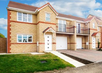 Thumbnail 4 bed property for sale in Hawthorn Way, Pontefract
