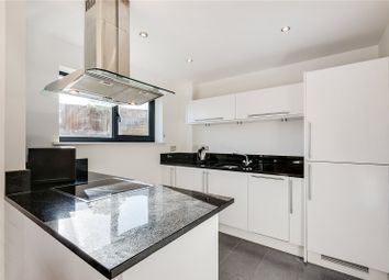 2 bed flat to rent in Regents Park Road, London NW1