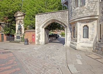 Thumbnail 2 bed flat to rent in Chapter Mews, Windsor