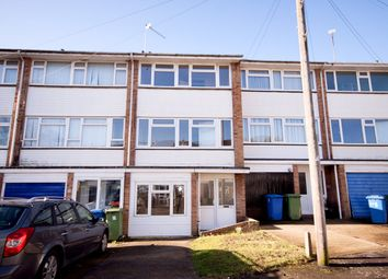 4 bed property to rent in Romney Court, Sittingbourne ME10