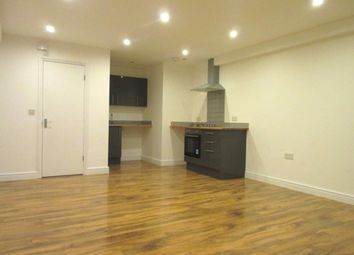 Thumbnail Studio to rent in Junction Road, London