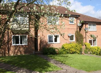 Thumbnail 2 bed flat to rent in Eaton Avenue, High Wycombe