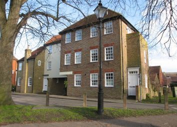 Thumbnail 5 bed town house for sale in Loop Street, Sandwich