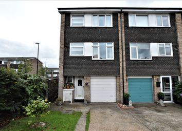 Thumbnail 4 bed town house for sale in Leafield Close, London