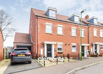 3 bed town house for sale in Shearwater Road, Hemel Hempstead HP3