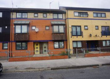 Thumbnail 4 bed terraced house for sale in Sculcoates Lane, Hull