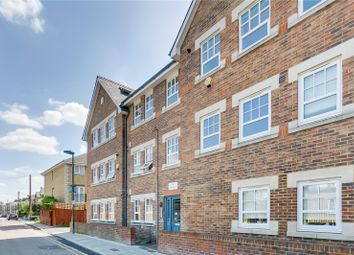 Thumbnail 3 bedroom flat to rent in South Worple Way, London