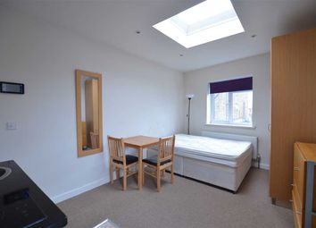 Thumbnail Studio to rent in Sunny Place, London