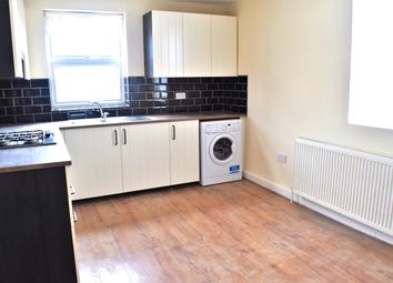 Thumbnail 2 bed flat to rent in Balfour Road, Hounslow