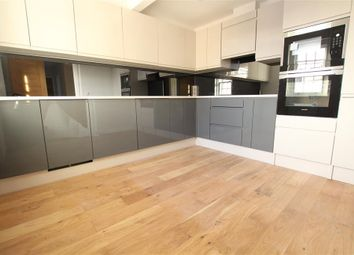 Thumbnail 3 bedroom flat for sale in Mulberry House, Whitchurch Road, Pangbourne, Reading