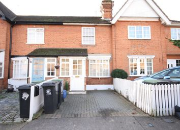 Thumbnail 2 bed cottage to rent in Smarts Lane, Loughton