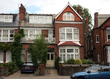 2 bed flat for sale in Princes Avenue, Muswell Hill, London N10