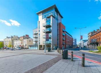 Thumbnail Studio to rent in Bute Crescent, Cardiff, South Glamorgan