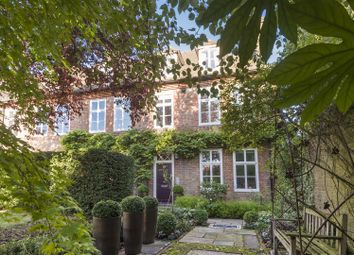 5 bed property for sale in Reynolds Close, London NW11