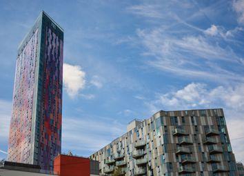 Thumbnail 2 bed flat for sale in Saffron Square, Saffron Central Square, Croydon