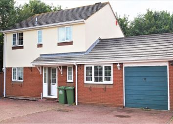 Thumbnail 4 bed detached house for sale in Benedictine Gate, Waltham Cross