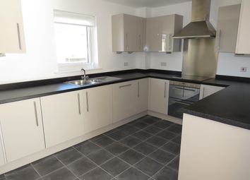 Thumbnail Flat to rent in Andrews Close, Warwick