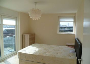 Thumbnail 3 bed flat to rent in Fab River View Balcony Flat, Royal Artillery Quays, Riverside-