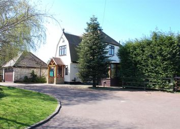 Thumbnail 4 bed detached house to rent in Baker Street, Orsett, Grays