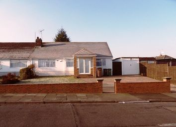 Thumbnail 4 bed bungalow to rent in Browning Road, Luton