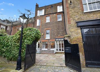3 bed flat for sale in The Mount Square, Hampstead Village NW3