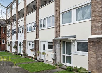 2 bed flat for sale in Wood Lane, Hornchurch RM12