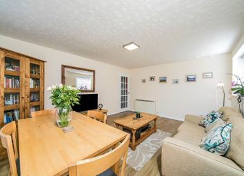 Thumbnail 2 bed flat for sale in Burghfield Road, Reading