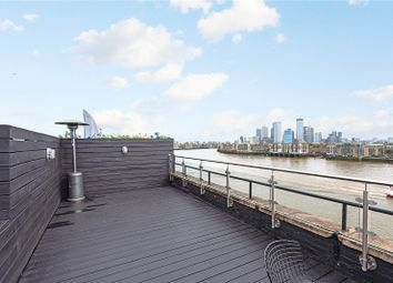 Thumbnail 2 bed property to rent in Metropolitan Wharf Building, 70 Wapping Wall, London
