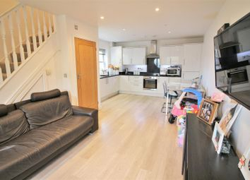 2 bed maisonette for sale in Country View Court, New Road, Radlett WD7