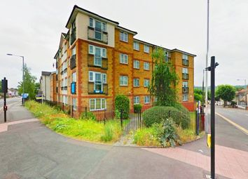 Thumbnail 2 bedroom flat for sale in Kingsway, Luton