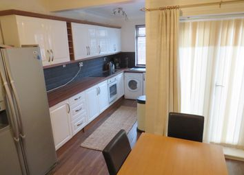 Thumbnail 2 bed property to rent in Centre Street, Hemsworth, Pontefract