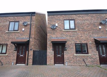 3 bed town house for sale in Water Park View, Kinsley, Pontefract WF9