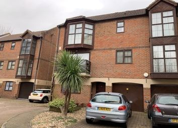 Thumbnail Room to rent in 60 Hathaway Court, Rochester