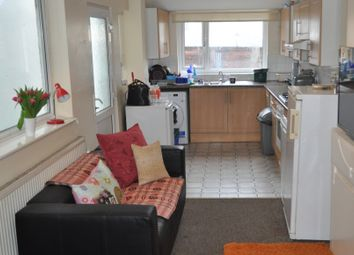 5 bed shared accommodation to rent in Alexandra Terrace, Brynmill, Swansea SA2