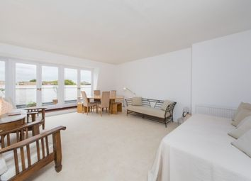 Thumbnail 2 bed flat to rent in Chelsea, Embankment Gardens