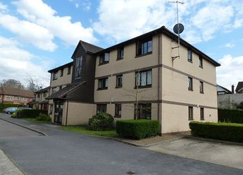 Thumbnail 1 bed flat to rent in Canons Close, Reigate