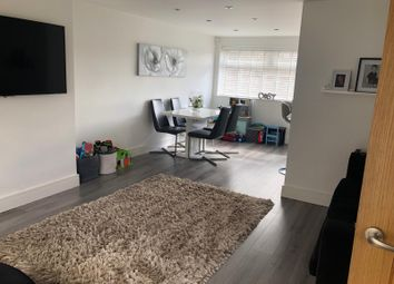 3 bed mews house for sale in Mendip Close, Royton, Oldham OL2