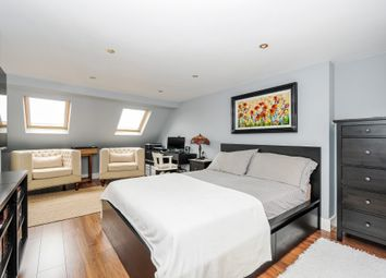 Thumbnail 4 bedroom terraced house for sale in Clarendon Road, Harringay, London