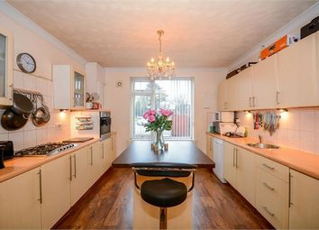Thumbnail 5 bed detached house for sale in Saltshouse Road, Hull, East Riding Of Yorkshire