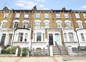 Thumbnail 4 bed flat to rent in Queenstown Road, Battersea
