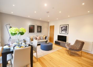 Thumbnail 1 bedroom flat for sale in Rifle Street, London