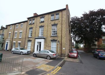 Thumbnail 1 bed flat to rent in Warwick Street, Rugby