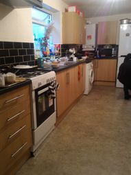 4 bed shared accommodation to rent in Boleyn Road, London E7